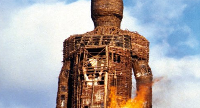 SEPIA. Disparition de Robin Hardy, réalisateur du film culte The Wicker Man