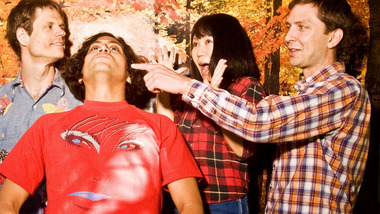 On regarde le nouveau clip de Deerhoof