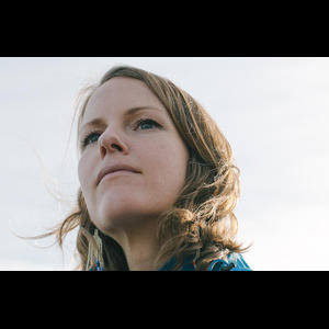 Kaitlyn Aurelia Smith a remixé The Field et c'est un petit bijou de neurotechnologie organique