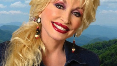 Dolly Parton : Benny Hill Theme Cover