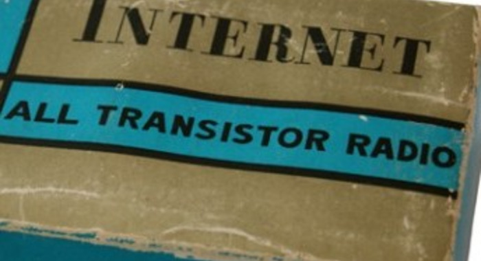 Internet All Transistor Radio