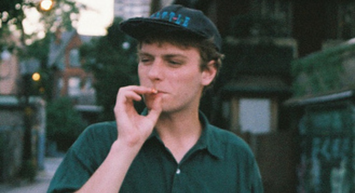 Mac DeMarco: Passing Out Pieces
