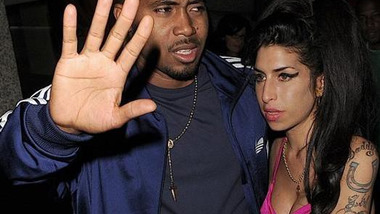 Nas : Cherry Wine ft Amy Winehouse
