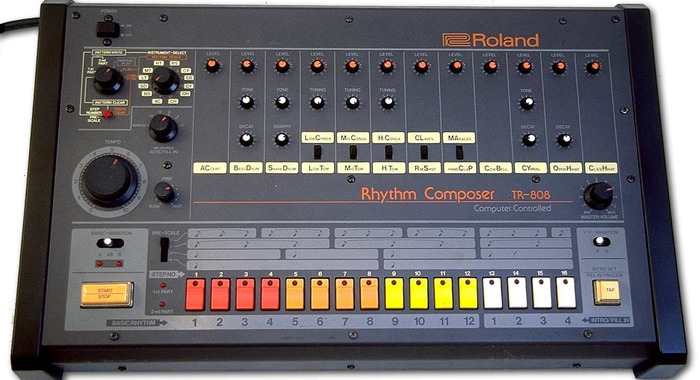 MR-808 - mechanic drum robot