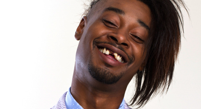 Introducing la boîte à rire Danny Brown.