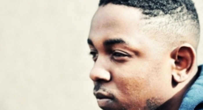 Kendrick Lamar : Backseat Freestyle