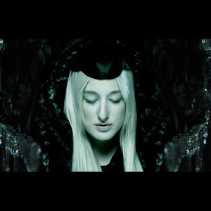 Zola Jesus: Diamonds (Rihanna Cover)