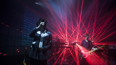 Release Party : on a capté un live de The Horrors en mode Blade Runner